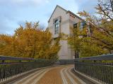 横浜人形の家 | 横浜で最も有名な公園「山下公園」を中心に山下エリアをお散歩コース