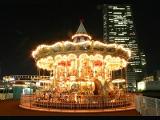よこはまコスモワールド | 歴史情緒あふれる人気エリア、「横浜赤レンガ倉庫」周辺を巡ろう!