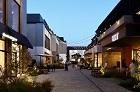 MARINE & WALK YOKOHAMA | 歴史情緒あふれる人気エリア、「横浜赤レンガ倉庫」周辺を巡ろう!