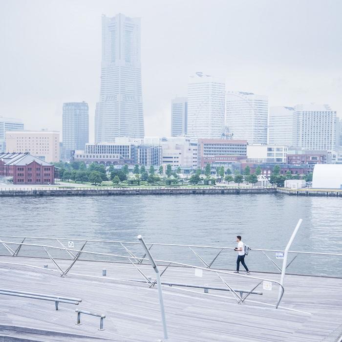 横浜港 大さん橋国際客船ターミナル | SNS映えする! 横浜フォトスポット巡り